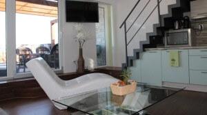 Moderní vybavení obývacího pokoje apartmánu Pavlov