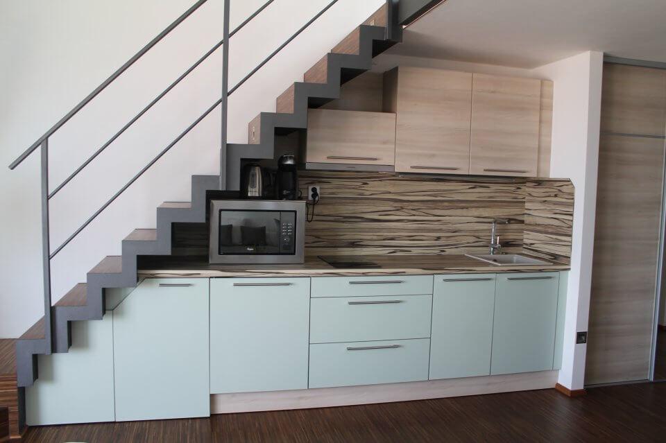 Moderní kuchyně a linka v apartmánu|palava-apartman.cz