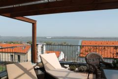 Výhled na novomlýnské nádrže z terasy apartmánu